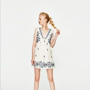 NWOT Zara White Floral Embroidered Mini Dress